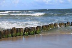 Rompeolas del mar Báltico imágenes de archivo libres de regalías