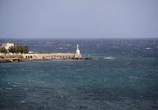 Rompeolas portuario Foto de archivo libre de regalías