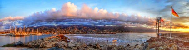 Rompeolas Santa Barbara California de la salida del sol Fotografía de archivo