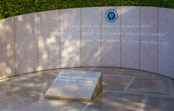 Ronald Reagan Headstone in Reagan Library stock foto's