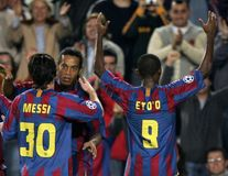 Ronaldinho y Samuel Eto'o del messi de Lionel Imágenes de archivo libres de regalías
