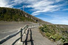 De vulkaankrater van Irazu royalty-vrije stock foto's