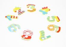 Rond des enfants colorés de nombres sur le fond blanc Images libres de droits