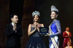 Rond final de Mlle Supranational Thailand 2017 sur la grande étape a Images libres de droits