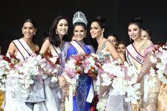 Rond final de Mlle Supranational Thailand 2017 sur la grande étape a Photo stock