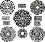 Rond Ornamentpatroon met onbezonnen patroon Royalty-vrije Stock Foto's
