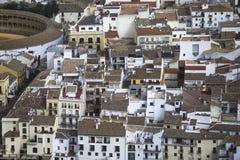 Ronda, MÃ ¡ laga, Ισπανία Αρένα ταυρομαχίας και σπίτια Στοκ Εικόνες