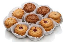 Ronde koekjes in een document vaas Stock Fotografie