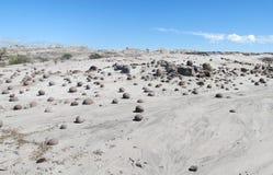 Ronde stenenballen in Ischigualasto, Valle DE La Luna stock foto's