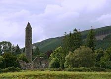 Ronde toren in Glendalough royalty-vrije stock fotografie