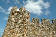 Ronde toren van middeleeuws kasteel stock afbeeldingen
