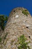 Ronde toren van onderaan, blauwe hemel Stock Foto's