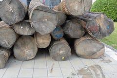 Rondins de bois de construction Photo libre de droits