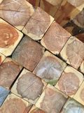 Rondins en bois de cèdre Photographie stock