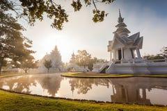 Rong Khun tempel, Chiang Rai landskap, nordliga Thailand Royaltyfria Bilder