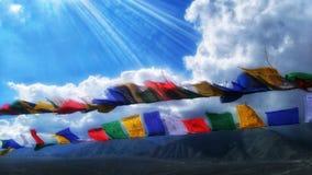 Ronquido del padme de OM mani - banderas del rezo de Tibetian fotografía de archivo libre de regalías