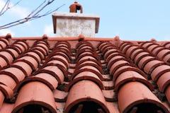 Rood betegeld dak royalty-vrije stock afbeeldingen