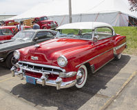 1954 Rood Chevy Bel Air Side View Royalty-vrije Stock Afbeelding