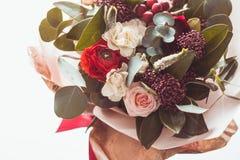 Rood de winterboeket stock foto