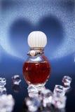 Rood drankje van liefde in kleine fles Royalty-vrije Stock Foto