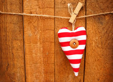 Rood en wit gestreept hart Royalty-vrije Stock Afbeelding