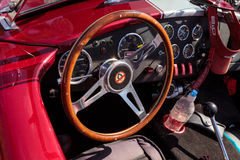 Rood en wit 1965 Shelby Cobra Stock Foto
