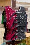 Rood en Zwart Middeleeuws Leer beslagen Vest royalty-vrije stock foto's