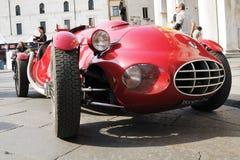 Rood Fiat 1100 uitstekende auto Gilco Stock Afbeelding