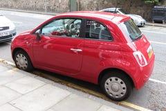 Rood Fiat 500 Royalty-vrije Stock Fotografie
