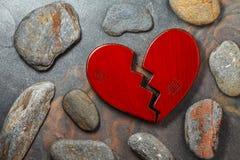 Rood gebroken hart royalty-vrije stock foto's