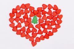 Rood hart en groene sparren Royalty-vrije Stock Foto's