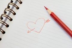 Rood hart op papier Stock Foto