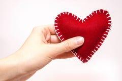 Rood hart ter beschikking Stock Foto