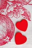 Rood hart twee in Eden-tuin Royalty-vrije Stock Foto
