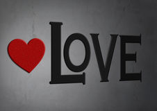 Rood hart van steen op concrete textuurachtergrond met woordliefde Stock Fotografie