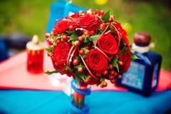 Rood huwelijksboeket Royalty-vrije Stock Foto's
