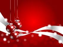 Rood Kerstmisthema met bokeh en drie ornamenten Stock Foto