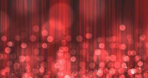 Rood licht dat over gordijn is gebarsten Stock Afbeeldingen