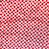 Rood linnen verfrommeld tafelkleed. Royalty-vrije Stock Foto's