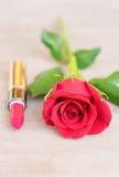 Rood lipsickstilleven Royalty-vrije Stock Foto