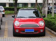 Rood Mini Car Stock Fotografie