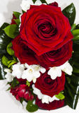 Rood nam bloemenregeling toe Stock Afbeelding