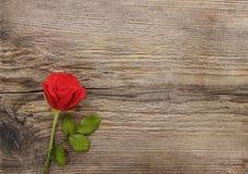 Rood nam op houten achtergrond toe Stock Foto's