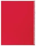 Rood notadocument, enig blad van spatie gescheurde jotter notitieboekjetextuur als achtergrond, grote gedetailleerde verticaal ge Stock Foto