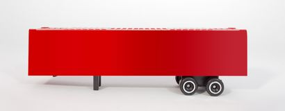 Rood Plastic Toy Shipping Trailer royalty-vrije stock fotografie