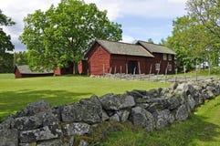 Rood plattelandshuisje Stock Afbeelding