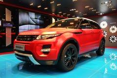 Rood Range Rover Royalty-vrije Stock Foto's