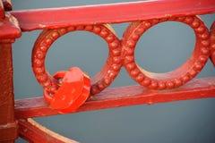 Rood slot op het net van de rode brug Royalty-vrije Stock Afbeelding