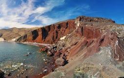 Rood strand in eiland Santorini Royalty-vrije Stock Afbeeldingen