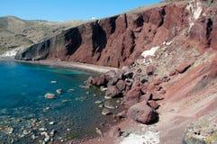 Rood strand in Santorini Stock Afbeeldingen